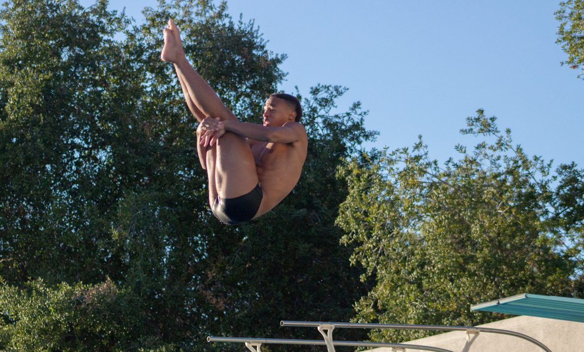 CMS divers dance their way to SCIAC podium performances